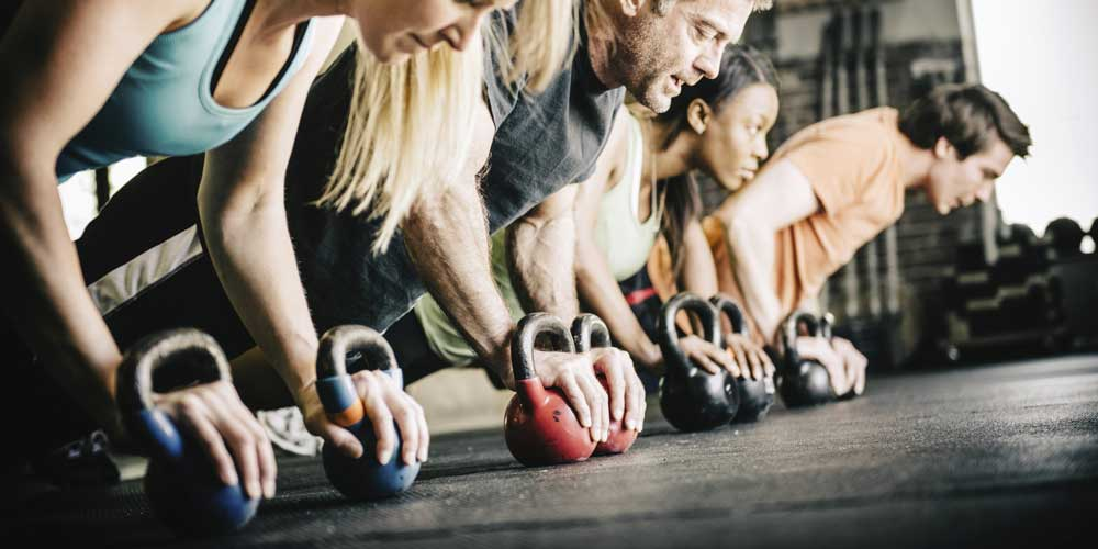 crossfit-benefici-esercizi